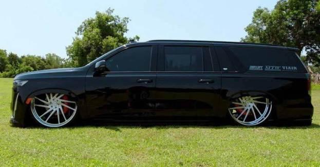 Новый Cadillac Escalade превратился в 30-дюймовый лоурайдер - Motor