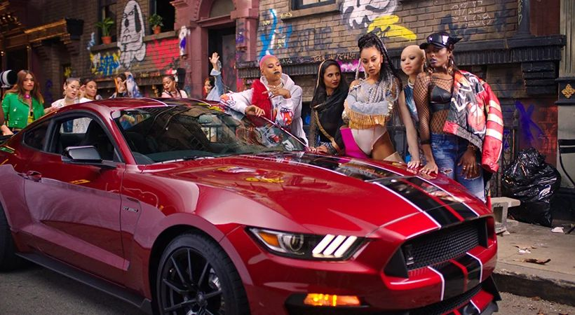 Ford Mustang-Little Mix