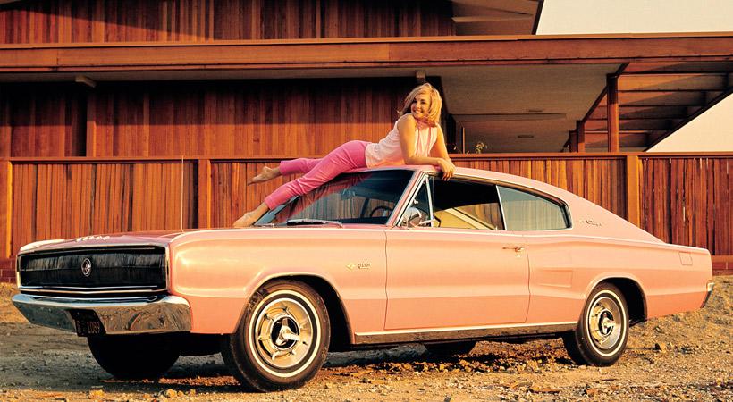 Autos de las Playmates: 1966