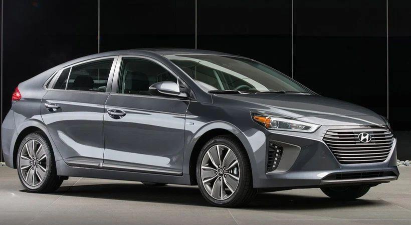 Autos que gastan menos combustible: Hyundai Ioniq