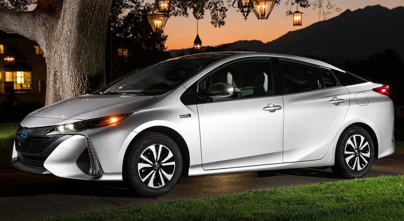 Autos que gastan menos combustible: Toyota Prius Prime