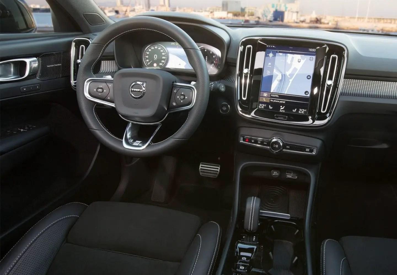 Volvo X40