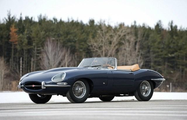 Jaguar E-type (1961)