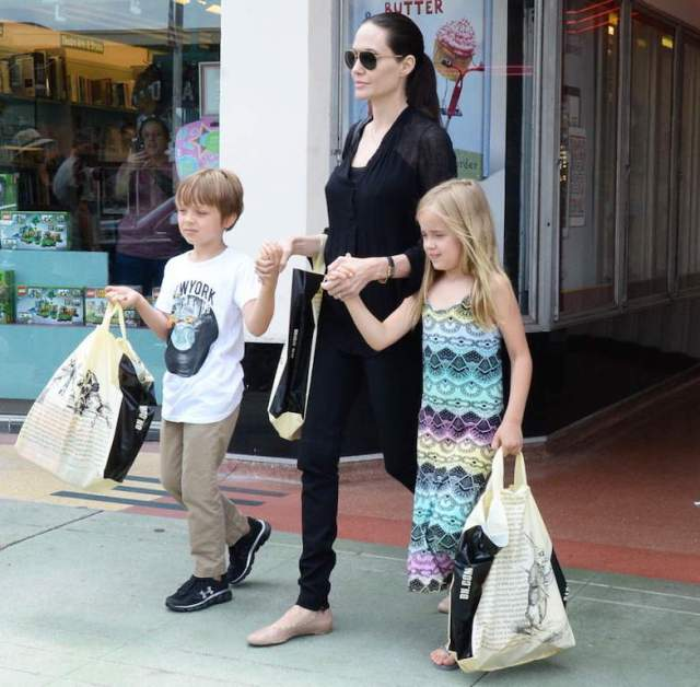 knox-and-vivienne-jolie-pitt