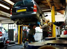 """MOT """"outdated and should be scrapped"""" says UK Think Tank"""