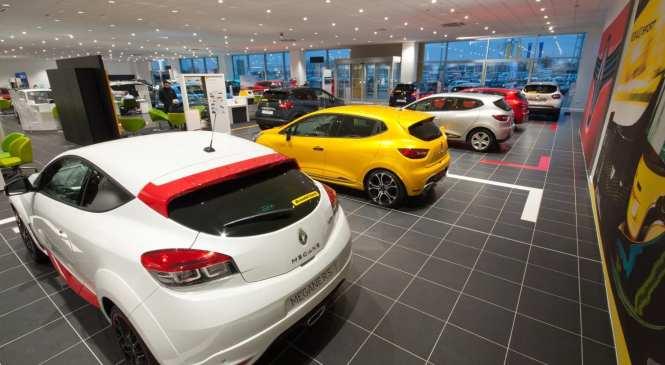 UK car market drops in November
