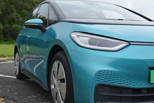 Battery and hydrogen to lead a two-fuel society