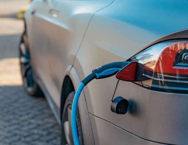 More drivers considering battery-electric vehicles
