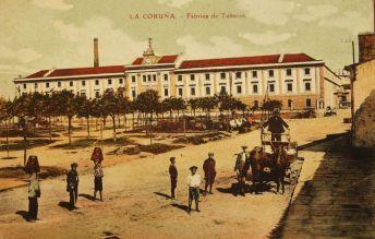 Postal de principios del siglo XX de la Fábrica de Tabacos de A Coruña.