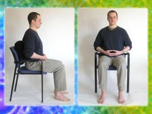 Meditando en silla