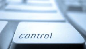 Querer Controlar Todo