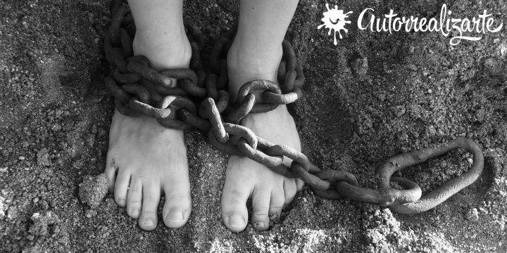 Esclavos del siglo XXI que no pueden dejar su trabajo