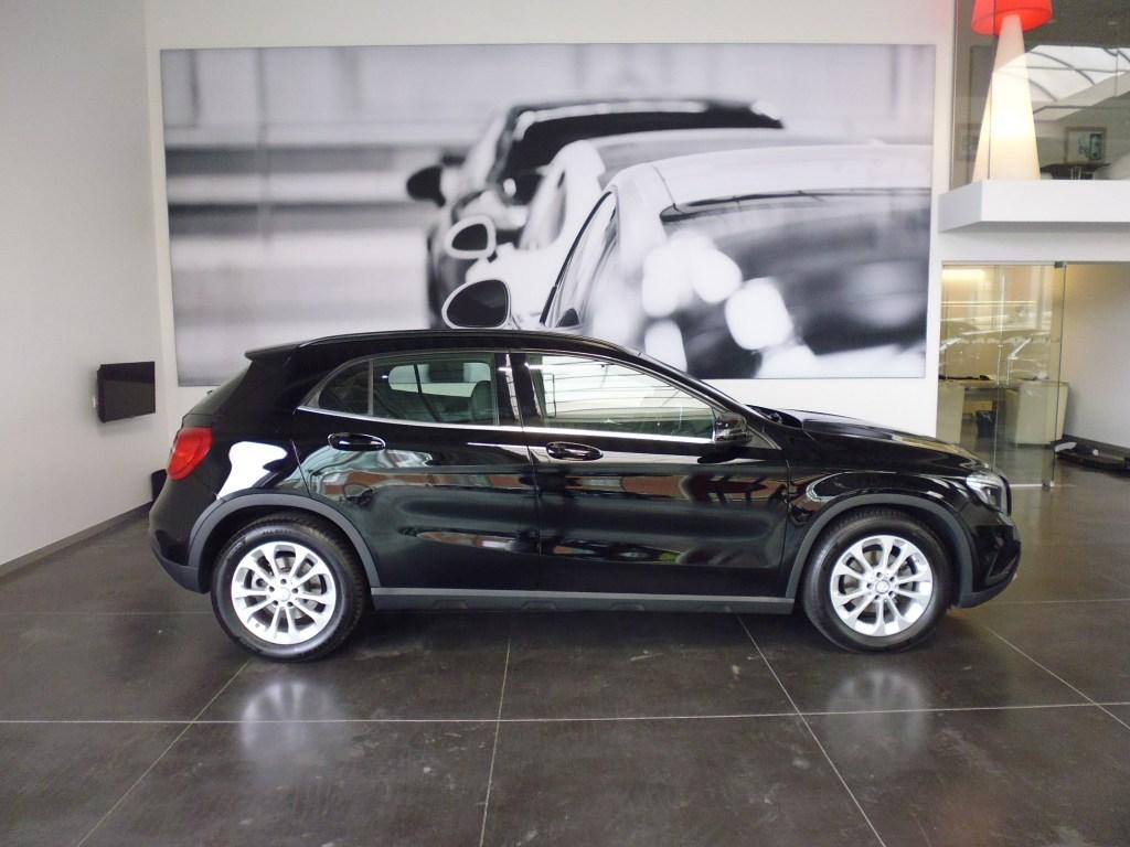 Mercedes-Benz Gla180