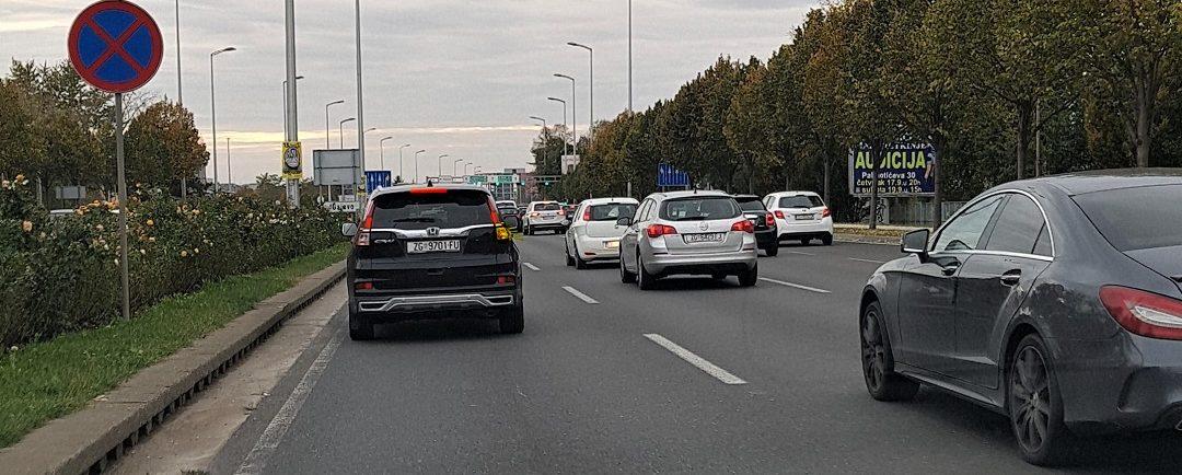 Prestrojavanje i mjenjanje prometne trake Autoškola Capitol Hill Zagreb