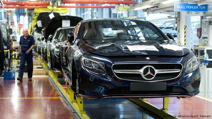 Выпуск Мерседесов S-класса на заводе Daimler в Зиндельфингене