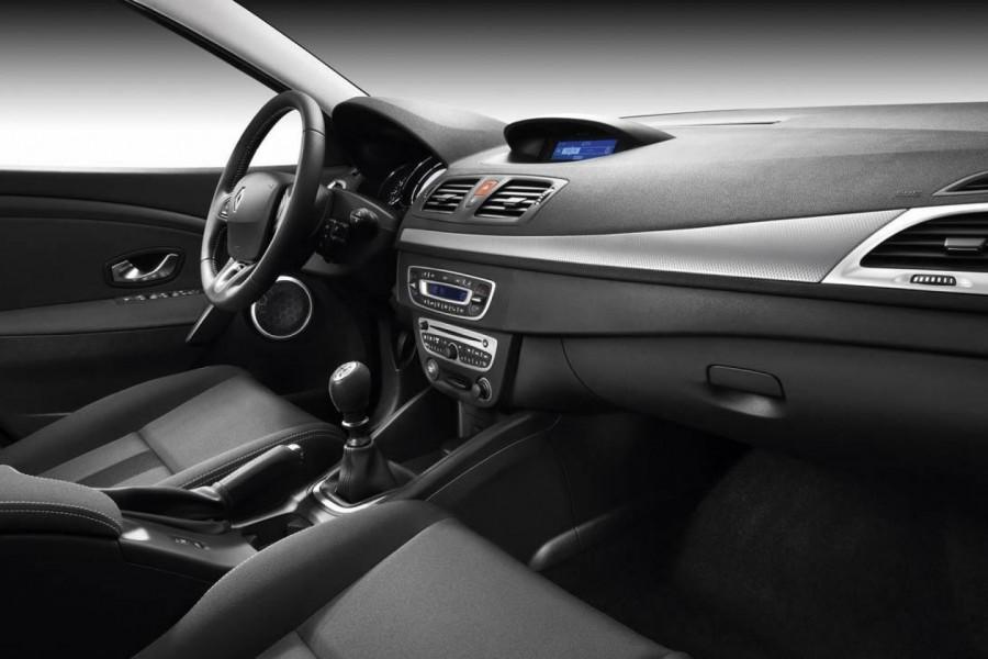 Салон в Renault Megane сделан на совесть - материалы хорошего качества