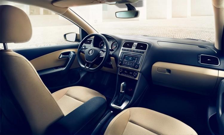 Внутри салона Volkswagen Polo sedan 2015