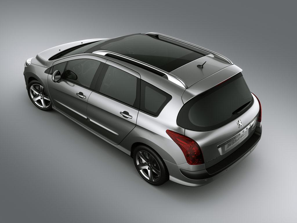 Автомобиль с красивым дизайном и функциональной начинкой