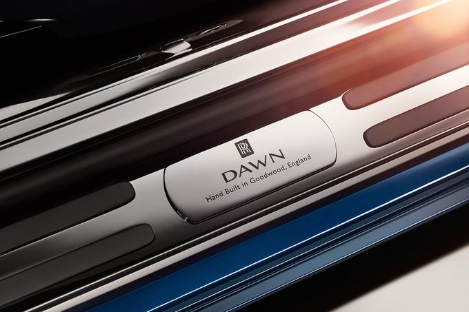rolls-royce-dawn-11-960x640.jpg
