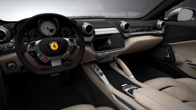 Ferrari GTS4Lusso будет ставить новый рекорд Нюрбургринга