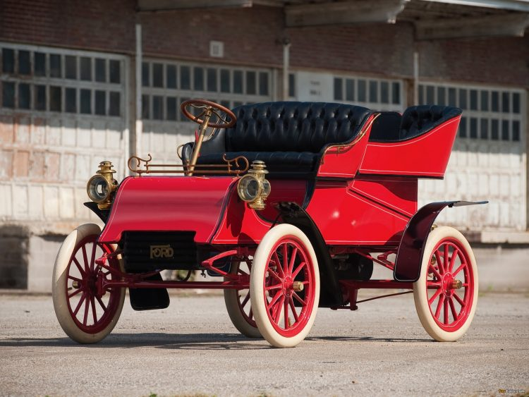 На фотоснимке Ford A 1903 года
