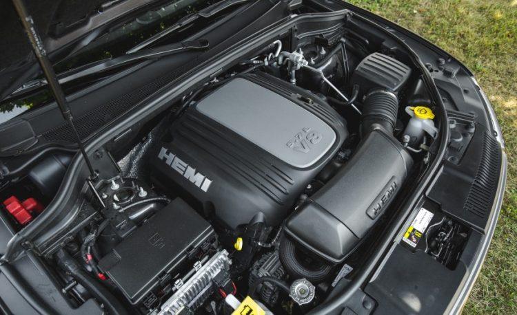 Двигатель Hemi V8 обучен экономии топлива