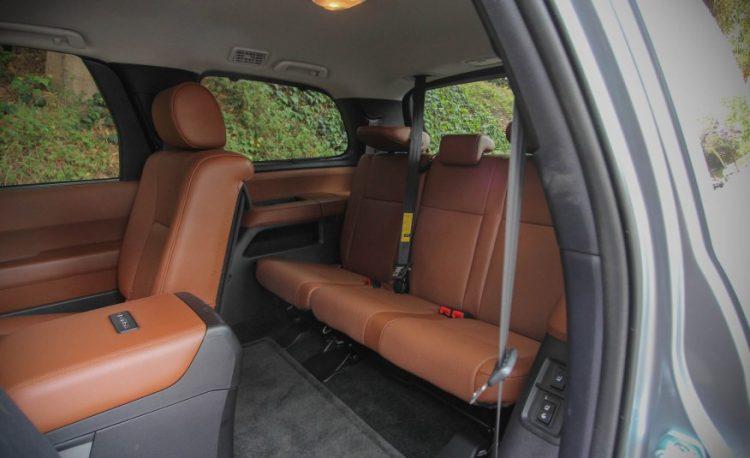 Комплектации Toyota Sequoia 2016-2017 года