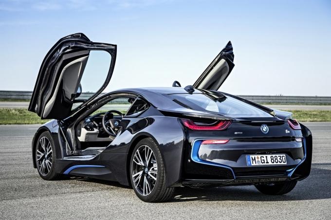 BMW будет бить Mercedes-Benz электричеством