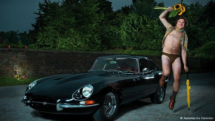Автомобильный календарь