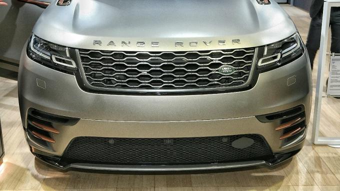 Range Rover Velar: Дворник жив!