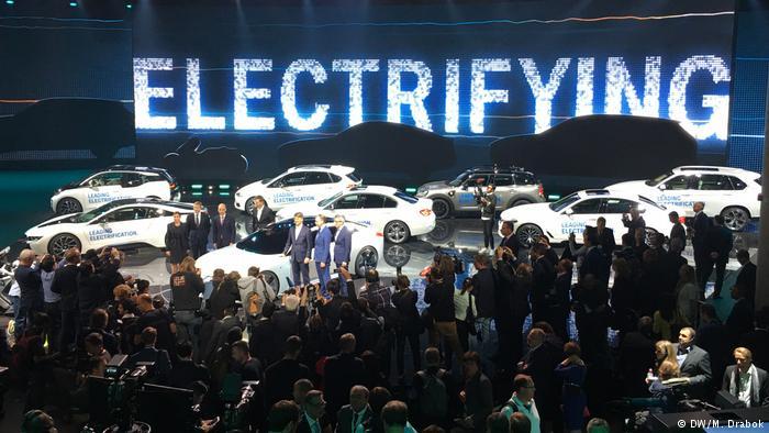 Стенд BMW на Франкфуртском автосалоне