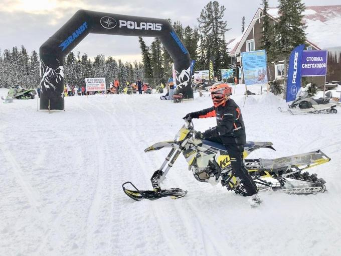 В Ергаки состоялось открытие снегоходного сезона, организованное компанией Brandt
