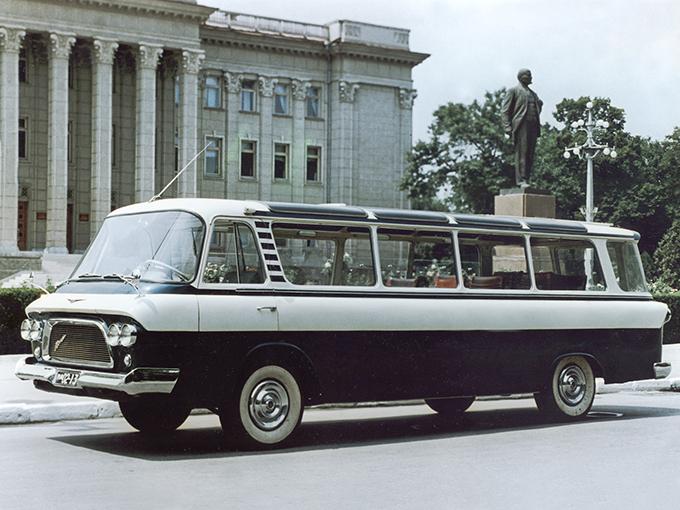 ЗиЛ-118 «Юность». 1962 год