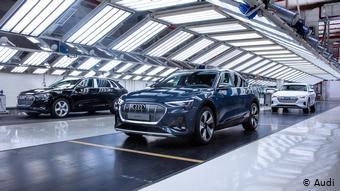 Электроавтомобиль от Audi: e-tron Sportback.
