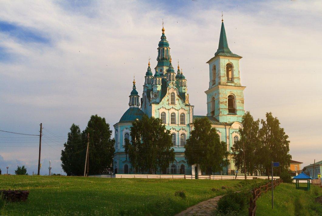 35 идей-маршрутов путешествий по России
