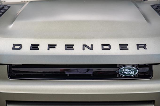 Land Rover Defender L663: Бриллиант вкороне