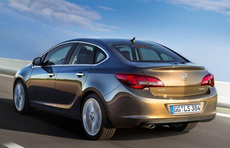 Почему стоит купить Opel Astra