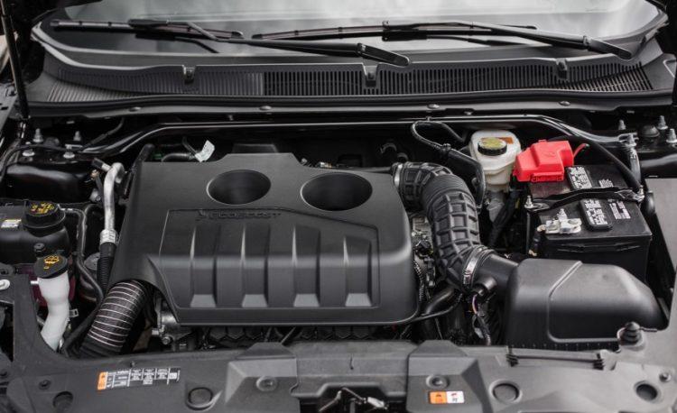 2016-ford-taurus-limited-141-876x535