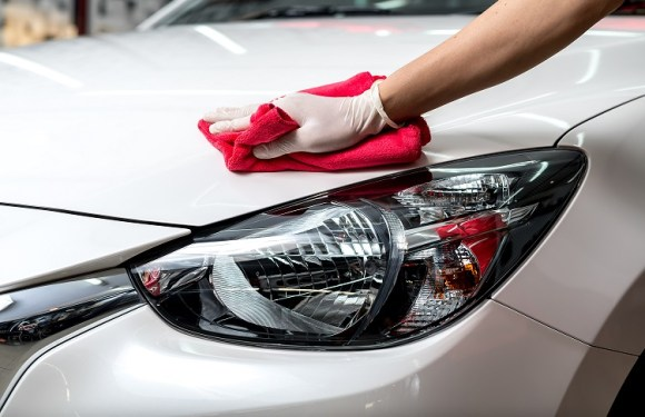AW Rostamani Group's multibrand facility conducts waterless car wash