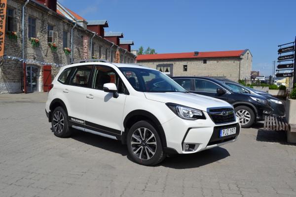 Subaru Forester XT Sport хорошо подходит для путешествий.