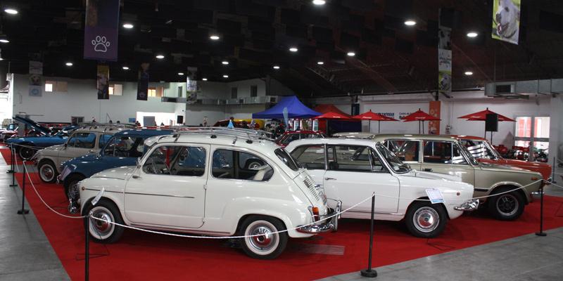 8º Salón del Automóvil Clásico en Berzategui