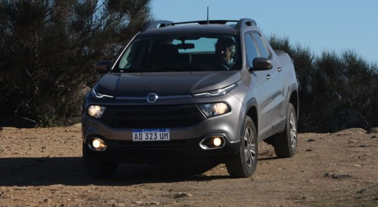 Autos y Clubes prueba la Fiat Toro