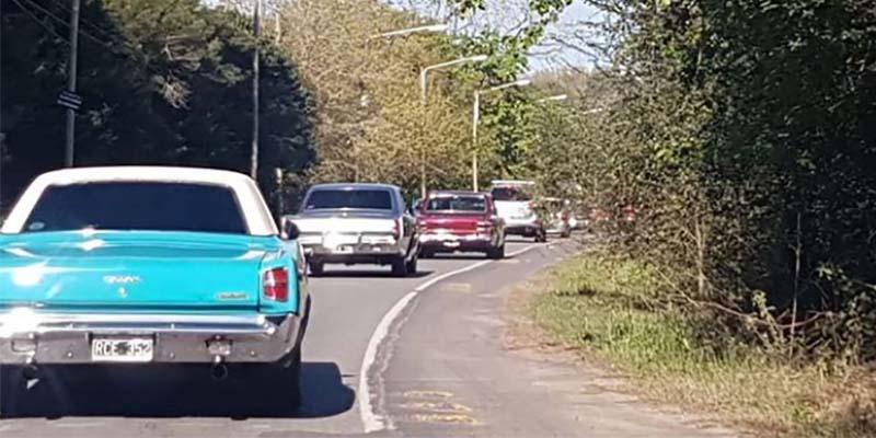 Ruteada a Cañuelas del Club Dodge de la República Argentina