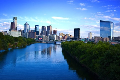 Лучшие титры для Филадельфии