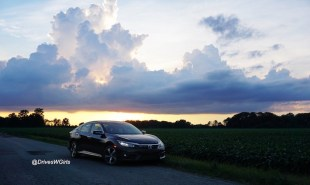 2016-honda-civic-touring-review-10