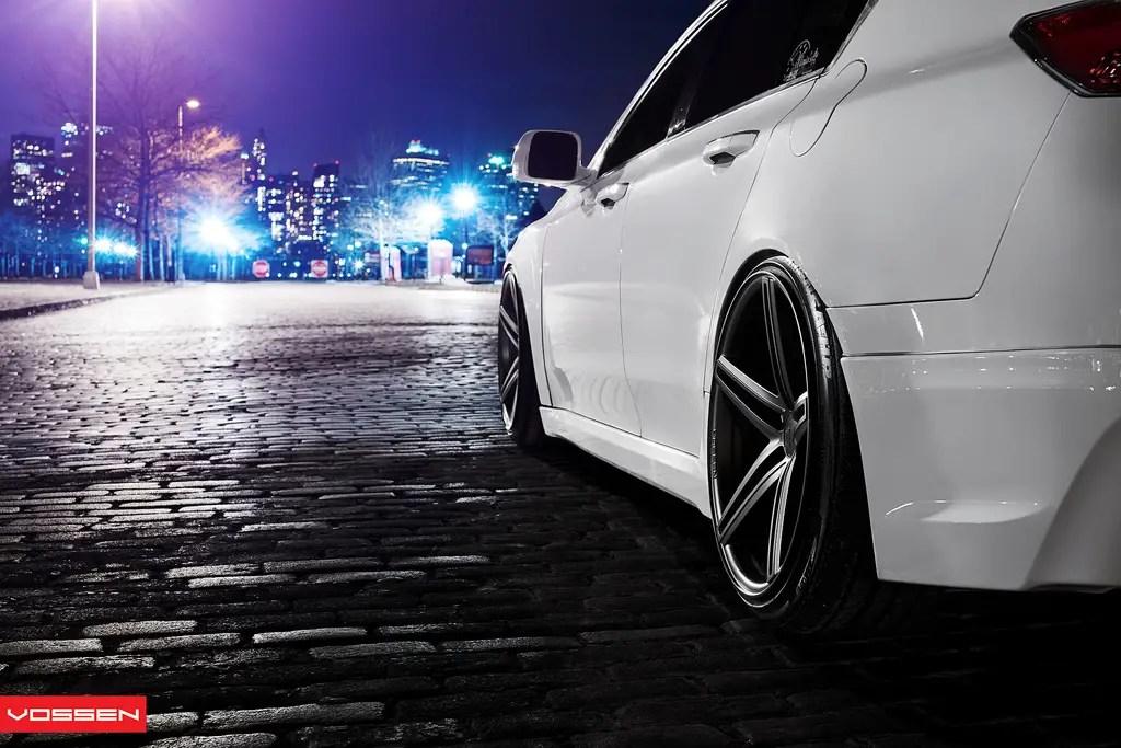 Acura TL Custom Wheels Vossen CV5s 20x105 ET Tire Size