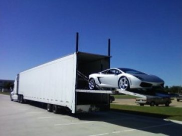 enclosed-auto-shipping-hub