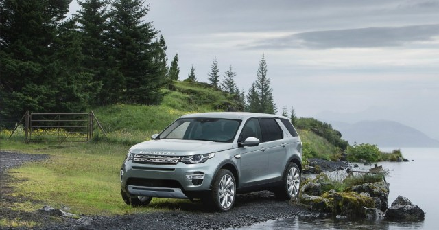 11.23.16 - Land Rover Discovery Sport