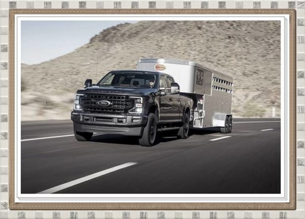 2023 Ford Super Duty Cargo