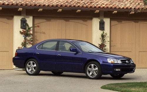 2002 Acura TL Sedan - side view